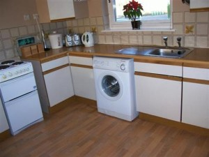 How to furnish a buy to let kitchen